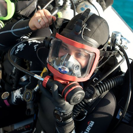 full-face-mask-diver